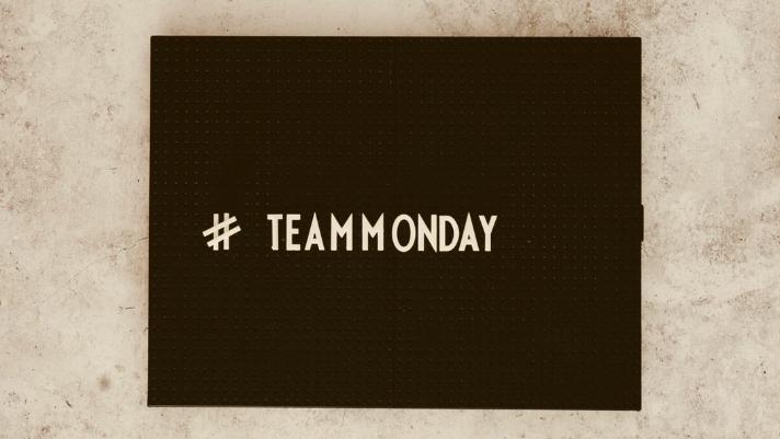 Hello MONDAY! ☀️